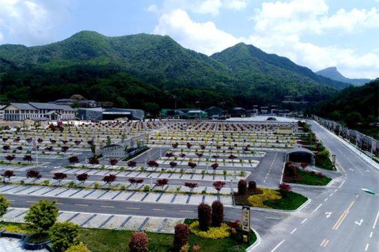 图为新建成的光雾山景区停车场。巴中文旅供